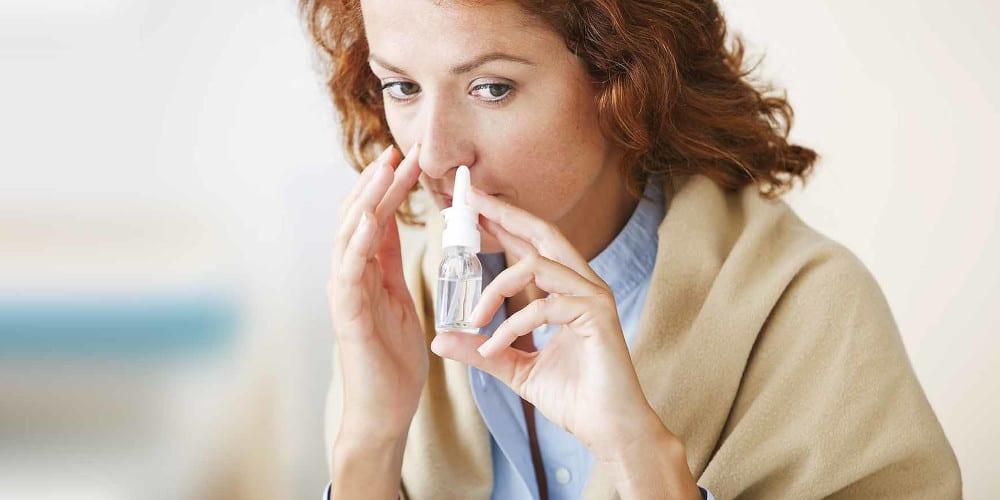 Applikatoren für Nasensprays